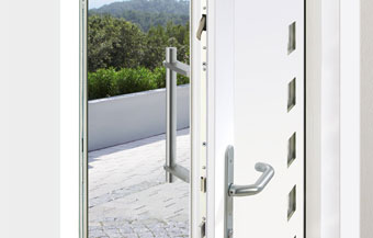 Mechanical door locking systems